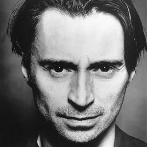 Robert Carlyle angry at British film industry