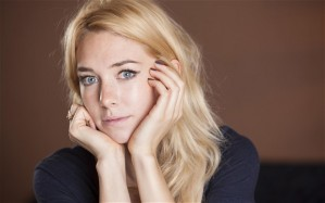 Vanessa Kirby Biography filmography