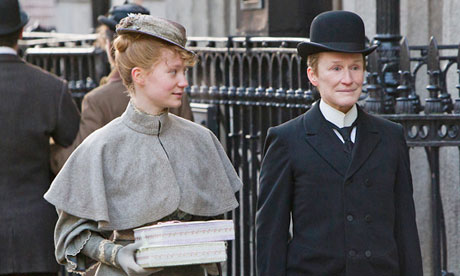 Albert Nobbs ,surprisingly good, review trailer.l
