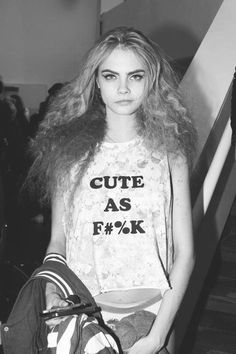 Cara Delevingne biography filmography sexy photos3