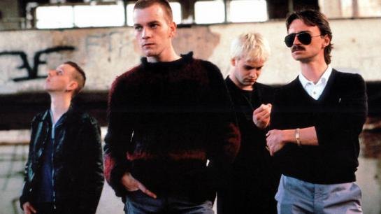TRAINSPOTTING [BR 1996] EWEN BREMNER as Spud, EWAN McGREGOR as Renton, JONNY LEE MILLER as Sick Boy, ROBERT CARYLE as Begbie TRAINSPOTTING [BR 1996] EWEN BREMNER as Spud, EWAN MCGREGOR as Renton, JONNY LEE MILLER as Sick Boy, ROBERT CARYLE as Begbie Date: 1996