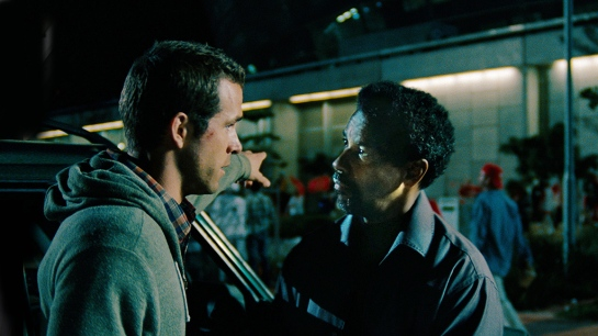 Safe House sort of works with Ryan Reynolds Denzel Washington review,