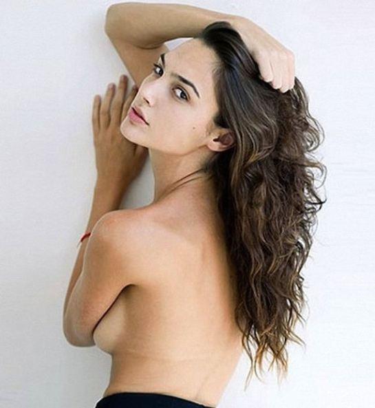 галь гадот фото голая