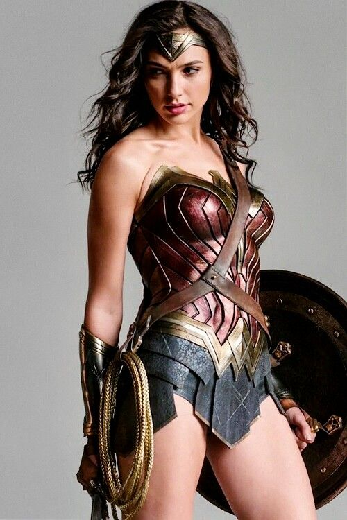 Gal Gadot real life soldier, model, and Wonder Woman, photos, trailers.....