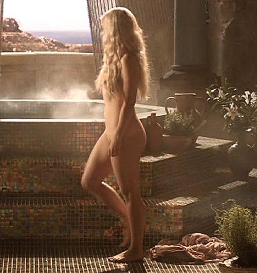 emilia clarke ass