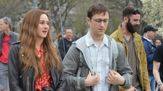 snowden-is-slow-to-deliver-its-final-punch-review-trailer
